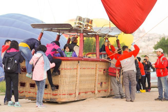 naik balon udara cappadocia Turki