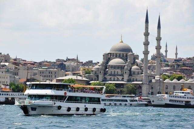 Tour ke Bosphorus Turki