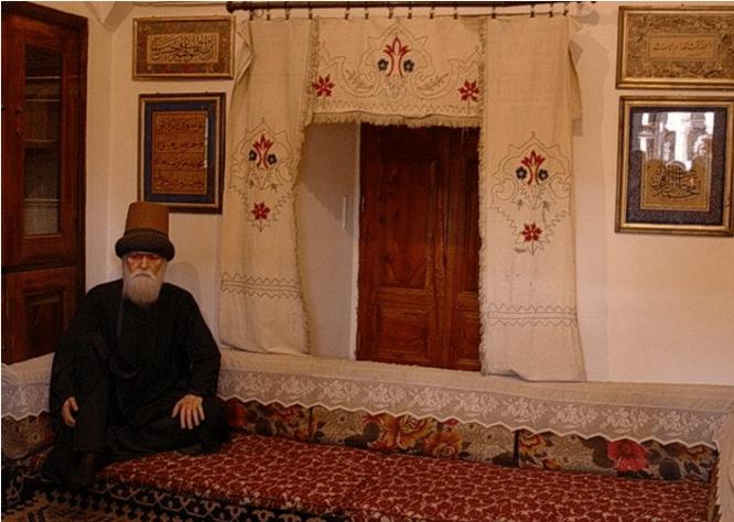 replika isi rumah Jalaluddin Rumi di Konya