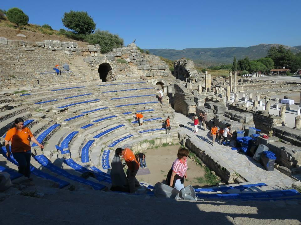 odeon (teater kecil di ephesus)