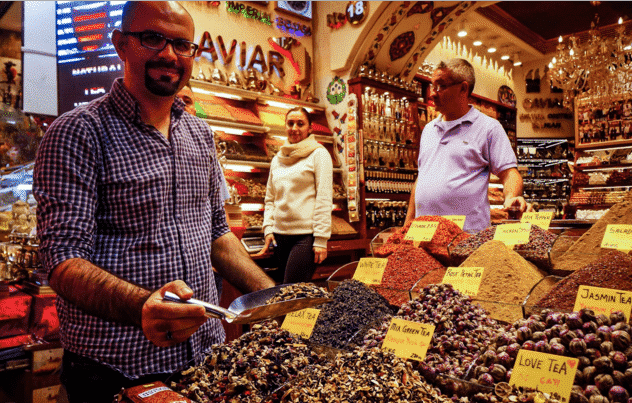 Keramahan Pedagang di Grand Bazaar