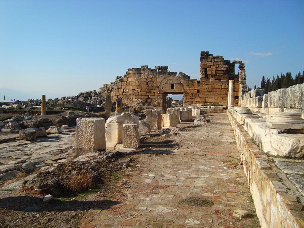 Nymphaeum Hierapolis