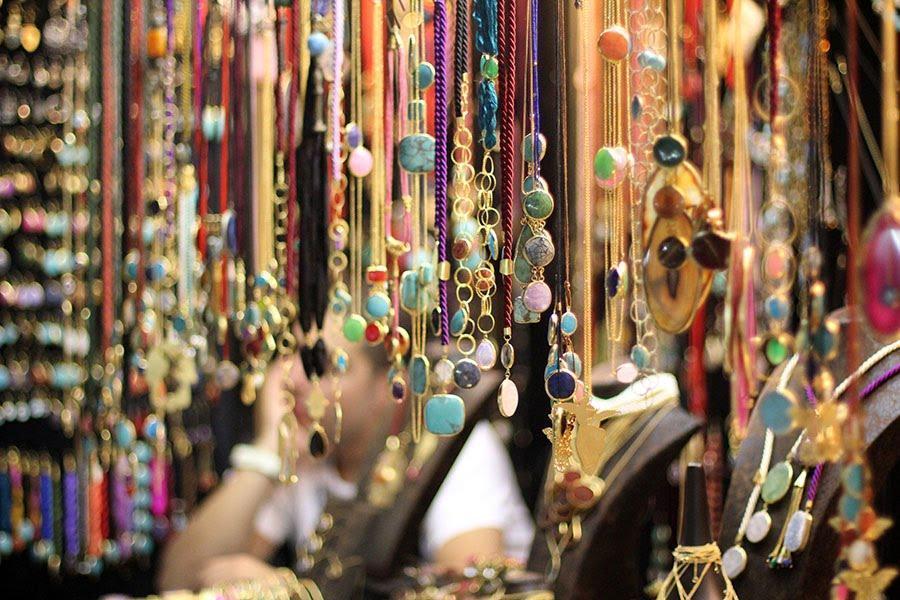 pernak-pernik di grand bazaar