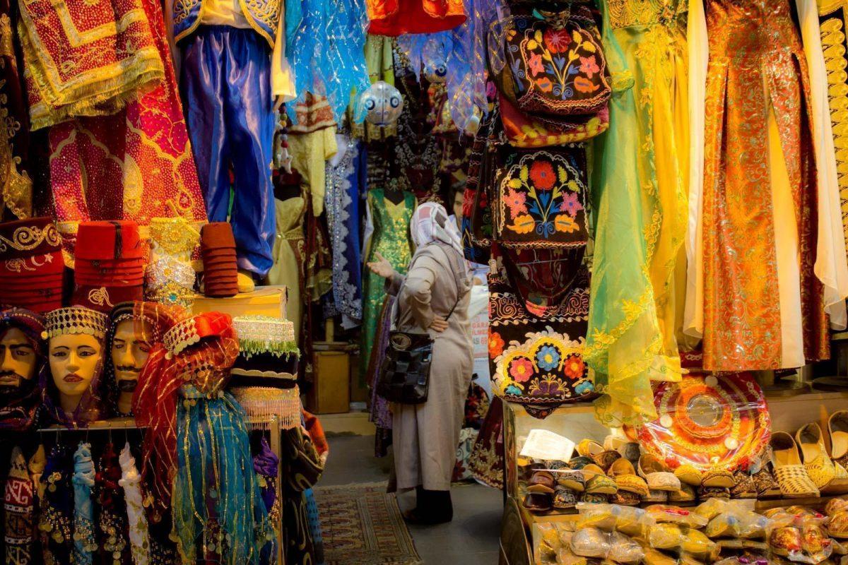 belanja kain di grand bazaar