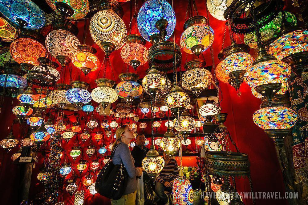 Barang khas yang dijual di grand bazaar