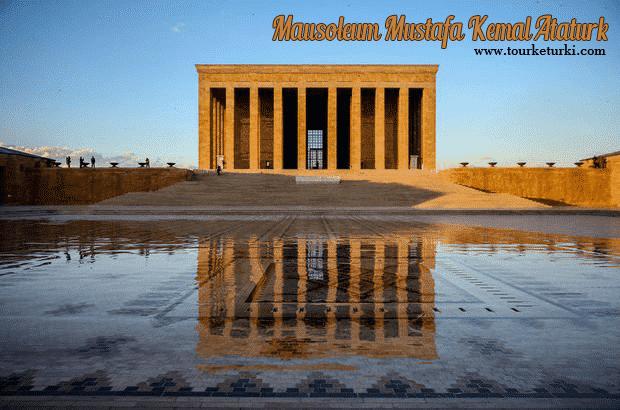 Mausoleum Mustafa Kemal Ataturk (Anıtkabir), Ziarah ke Makam Pendiri Republik Turki