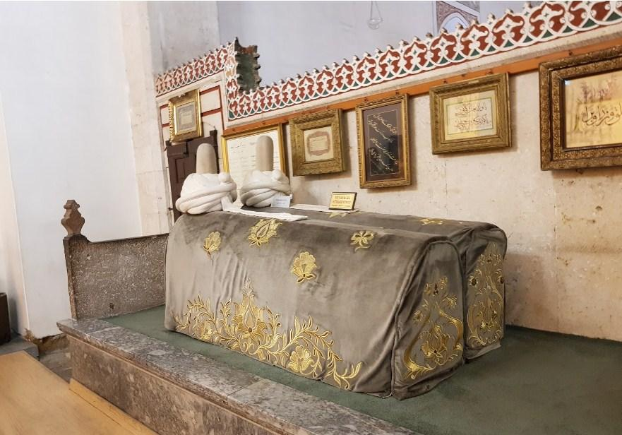 Makam rumi dan muridnya mevlana museum turki