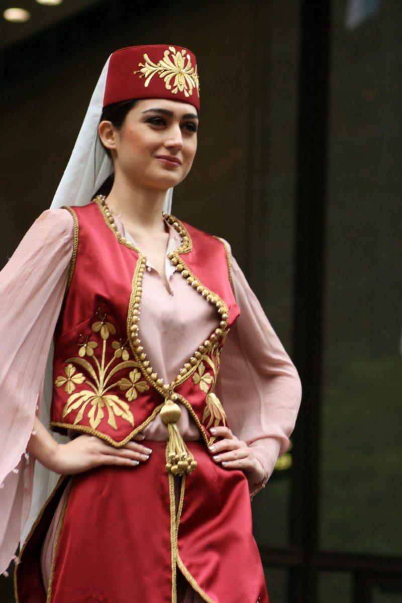 pakaian tradisional wanita turki