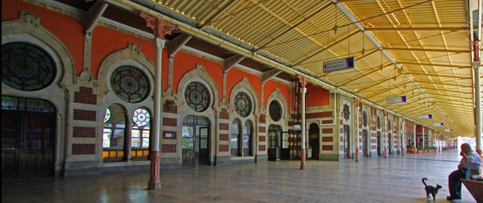 stasiun kereta di istanbul
