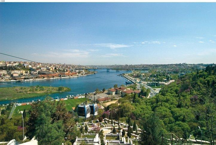 Bukit Pierre Loti Istanbul-Turki, Sajian Pesona Golden Horn dari Ketinggian