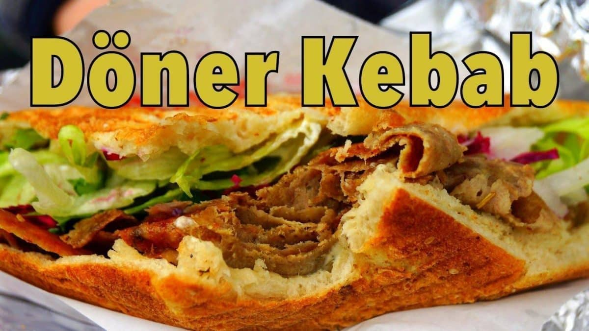 Makanan Tradisional di Taksim Square