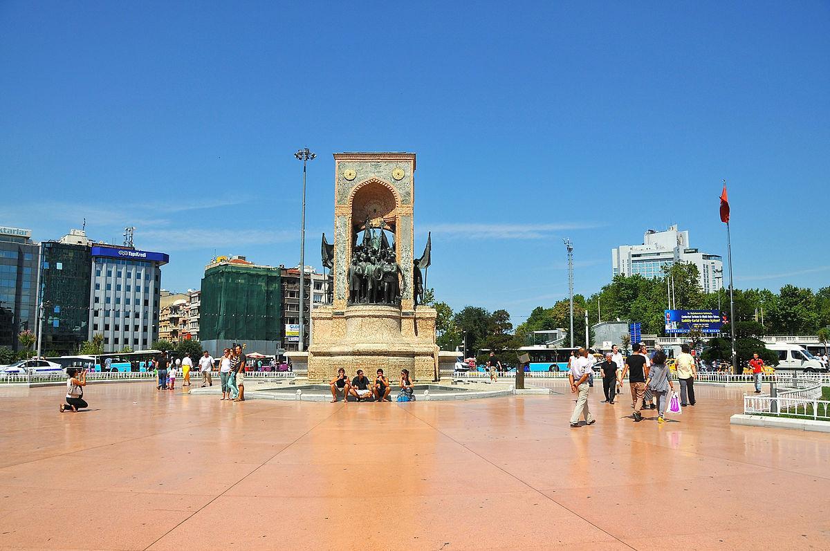 Taksim Square Istanbul-Turki, Nuansa Modern Kota Istanbul