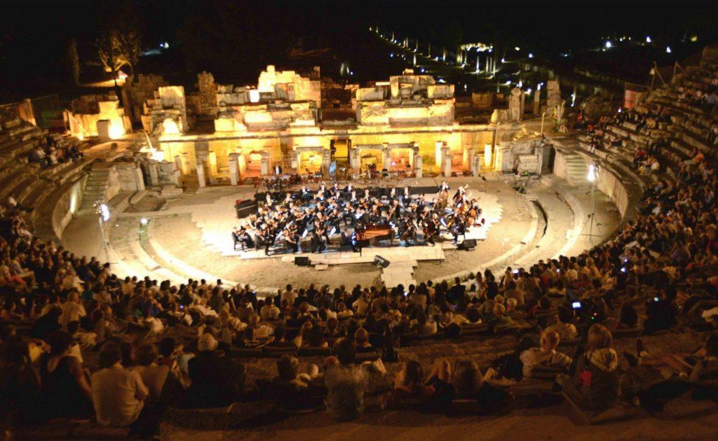 Festival Internasional Izmir
