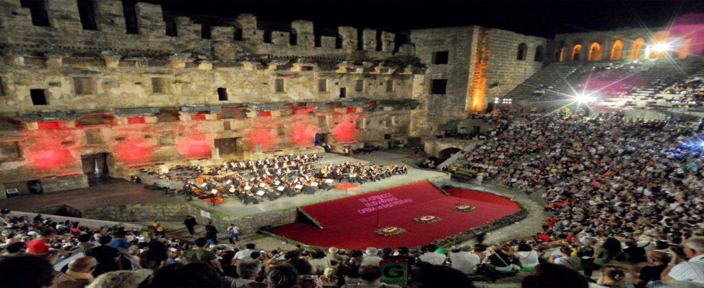 Aspendos International Opera dan Ballet Festival di Teater Aspendos