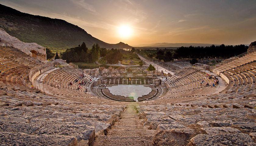 Grand Theatre Ephesus Turki, Struktur Paling Megah di Kota Kuno Efesus