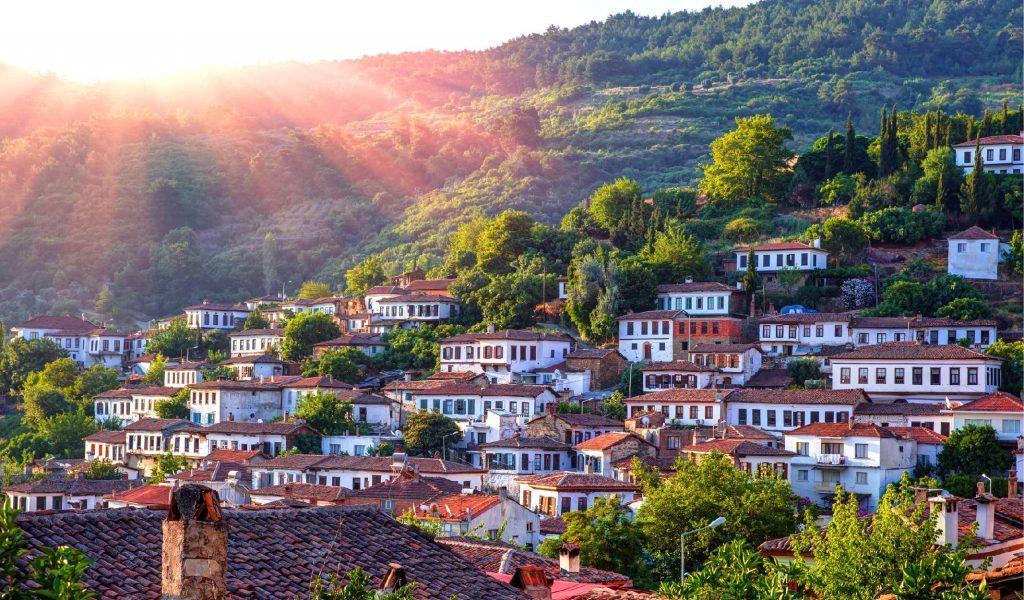Desa Sirince di Turki Berjuluk Potongan Surga Yang Jatuh Ke Bumi
