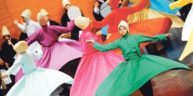 Kini Perempuan Boleh Melakukan Tarian Sufi