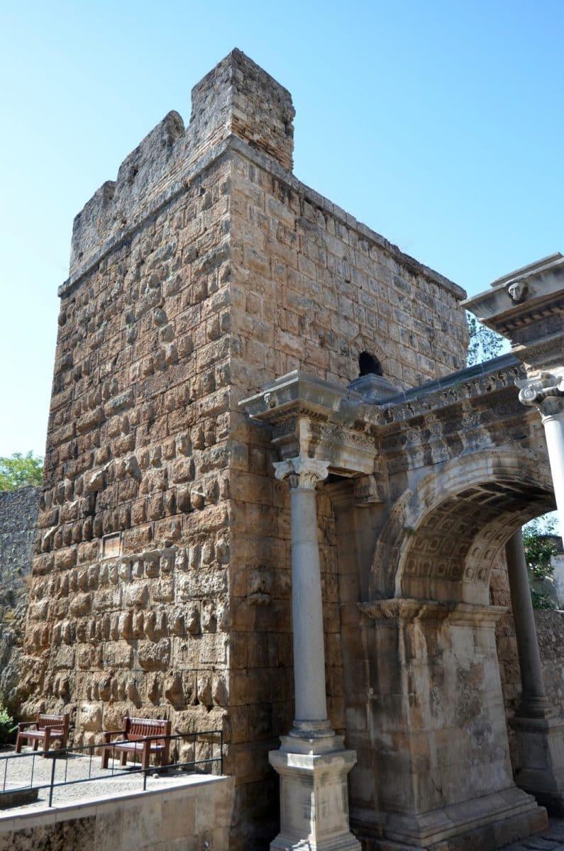 Menara Romawi Julia Sancta