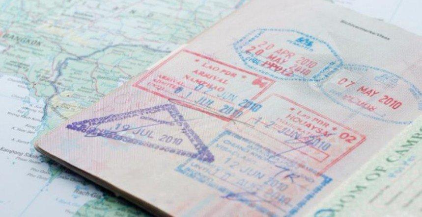 Visa on Arrival (VoA) atau e-Visa