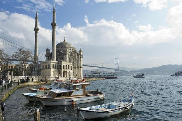 Tips menikmati Bosphorus Cruise di Istanbul Turki