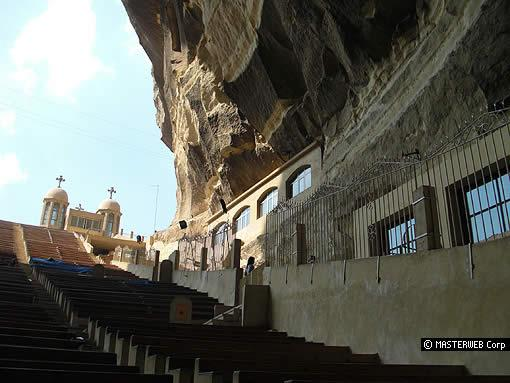 gereja dalam gua Goreme Open Air Museum