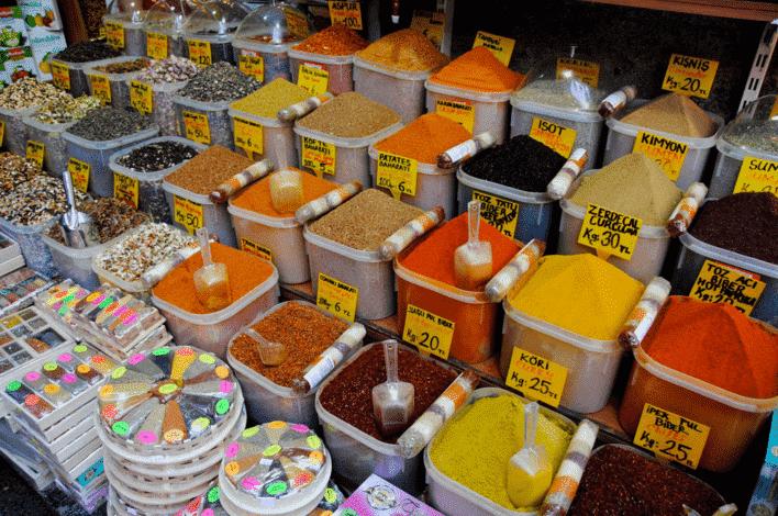 Oleh-oleh Khas Turki di Grand Bazaar Istanbul - Aneka Bumbu Dapur