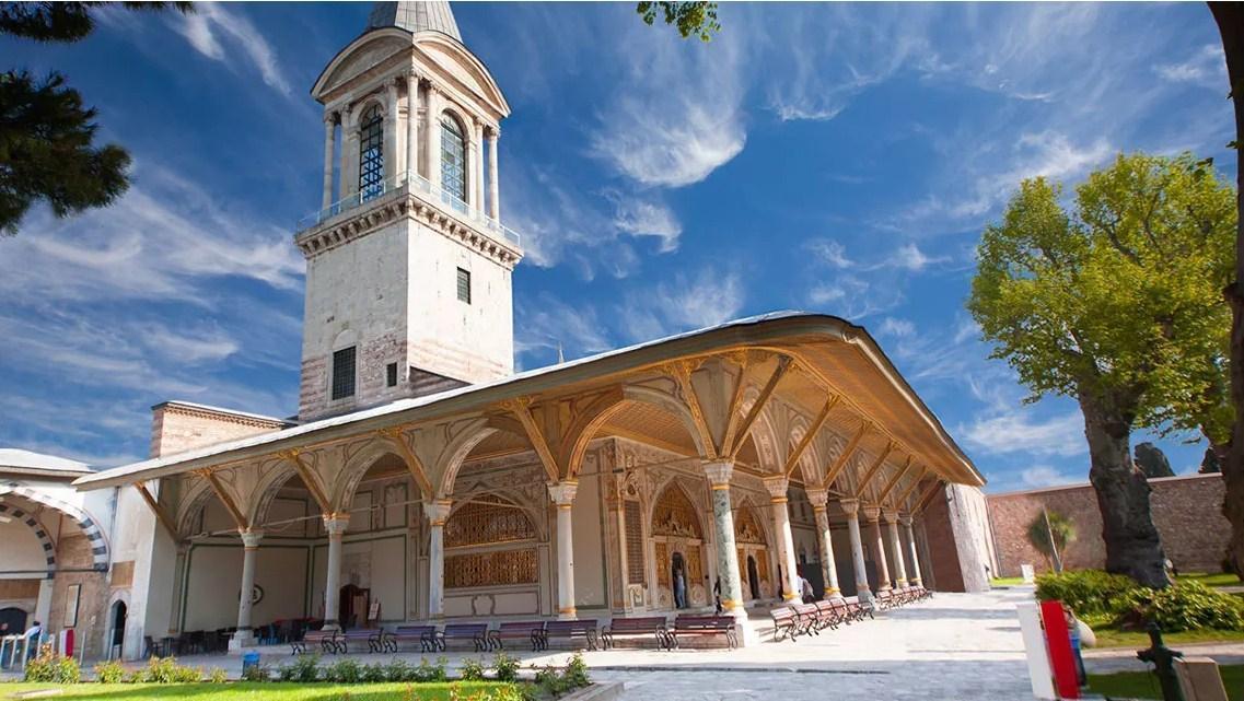 Istana Topkapi dengan Gaya Ottoman