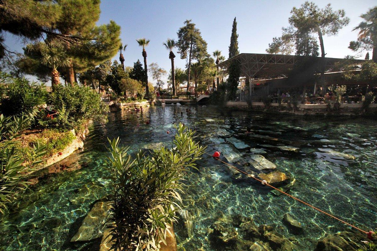Fasilitas di Cleopatra Pool