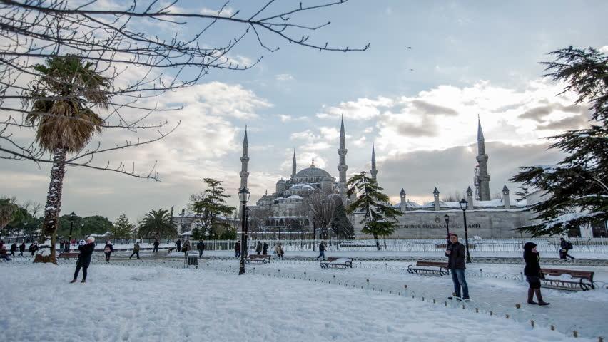 6 Tips Liburan Musim Dingin Di Istanbul, Turki