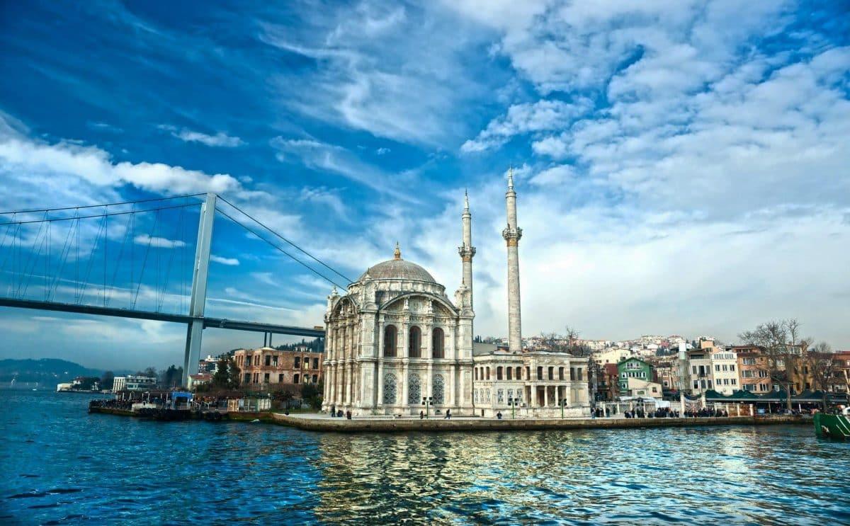 Paket Wisata Tour ke Turki 9 Hari 8 Malam Juli